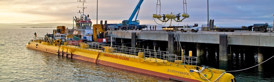 Scotrenewables SR2000 and SME PLATO at Hatston Pier, June 2016 (Credit Colin Keldie, courtesy of EMEC)