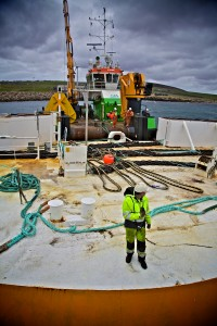 Green Marine preparing to install Wello Penguin at Billia Croo (Credit Colin Keldie, courtesy of CEFOW)
