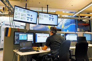CorPower Control Centre with SCADA controlling the wave device during rig-testing. Credit CorPower
