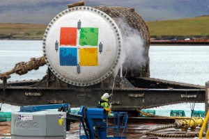 Microsoft data centre retrieval from EMEC test site in Orkney (Credit Microsoft)