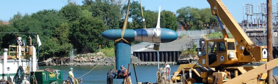 Verdant Power install tidal turbine in East River, NYC (Copyright Verdant Power)